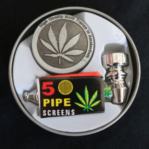 Grinder and Pipe Set
